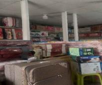 محل للتقبيل في حي مشرفة ، جدة مع البضاعة.  مفروشات ودوات منزلية. الإيجار 700ريال