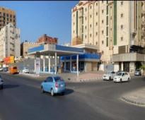 للبيع محطة في جدة شارع الامير ماجد