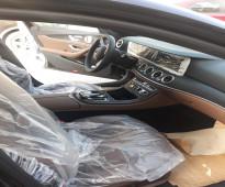 تاجير سيارة مرسيدس E200