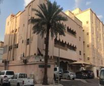 عمارة للبيع في حي النزهه