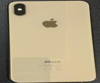 IPhone XS Max ذهبي 256 ، استعمال 6 شهور ، بطارية 100%