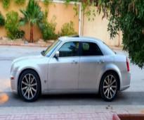 للبيع كرايزلر - srt8  الموديل: 2007