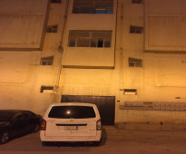غرف عزاب للإيجار في حي الوزارات خلف وزارة الدفاع على طريق الملك عبد العزيز