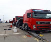 شاحنة فولفو موديل 2012 استيراد من المانيا حسب الطلب قير عادي مرغوبة