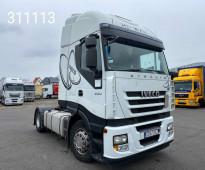 لدينا للبيع شاحنه افيكو ستارليس ٥٠٠ موديل 2011 قويه جدآ استيراد
