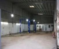 للايجار ورشة خلف مركز الهرم الواقع على الدائري الغربي في صناعية العاصمة مساحتها (320متر).
