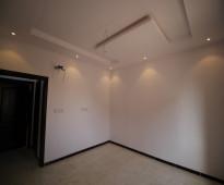 للبيع شقة فاخرة 4غرف +3حمامات قريبة من الخدمات أفراغ فوري