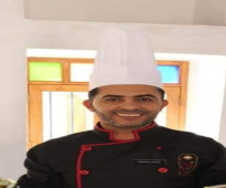شيف مطبخ خبرة 22سنة  تونسي الجنسية00966542347482  الجوال في تونس 0021699226288   ارجو الاتصال 0021699226288