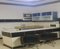 شقة عزاب  مؤثثة  للإيجار غرفة ومطبخ