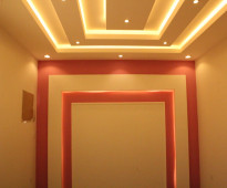 شقه روف 5 غرف للبيع بسعر مغري من المالك مباشره  مع السطح