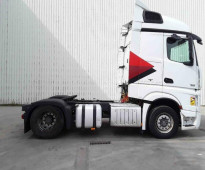شاحنه مرسيدس اكتروس  1845 mp4 (2*4) للبيع بسعر منافس