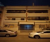 للبيع عمارة سكنية في حي البوادي
