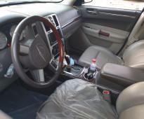 للبيع كليزلر C300 موديل 2010