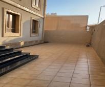للبيع فيلا وشقق خلفيه في جدة, الحي الحمدانية