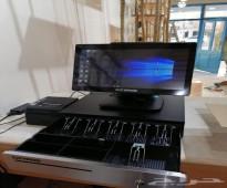 جهاز كاشير مع برنامج إدارة المطاعم والكافيهات